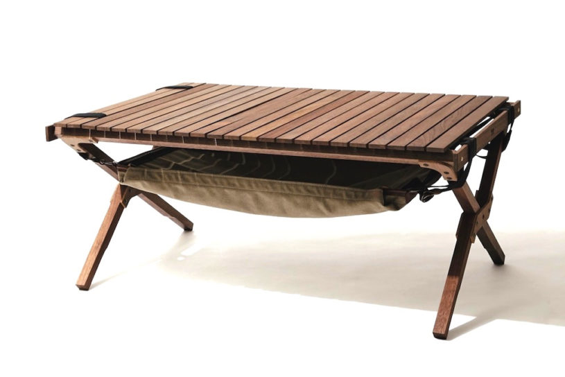A high quality roll top table created from scrap wood. 3WAY mat is included for unrivaled functionality.