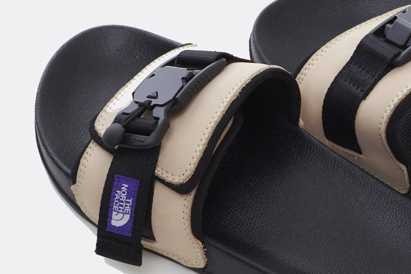 Leather upper × magnetic buckle. The finest shower sandals from The North Face Purple Label.