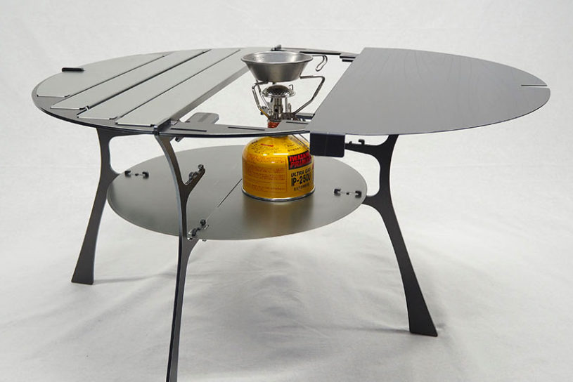 "From the popular outdoor brand ""Tripath Products"", a new iron table with a variable top plate is now available!"