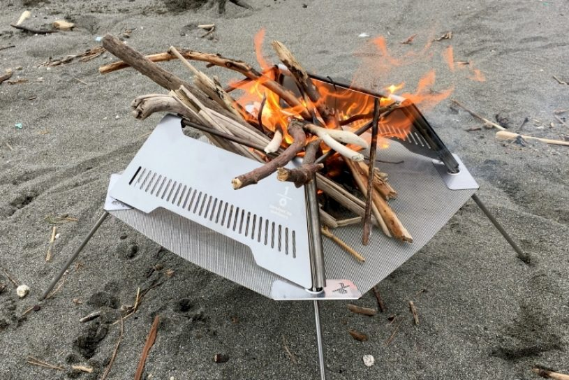 A new bonfire from an up and coming Shonan area brand. A notable product whose size and combustion efficiency have been expertly calculated.