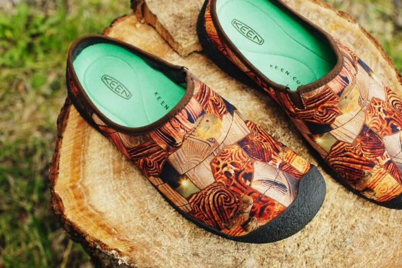 "Elnest x Keen's latest work is an artistic winter sandal depicting the ""Jomon period""."