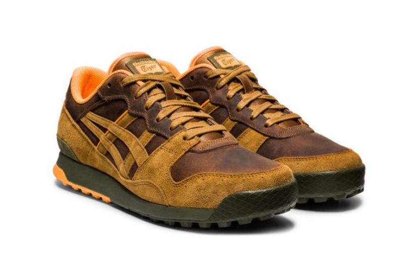 Three new Onitsuka Tiger sneakers with an oiled leather texture. For autumn outdoor style!