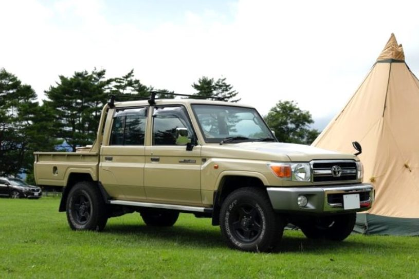 Check out the camping cars! Tough vehicles who support a fashionable camping style. # 1