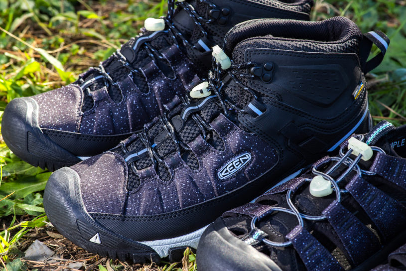 FUJI ROCK collaboration shoes arrive from Keen that represents the night sky of the festival.