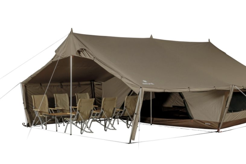Snow Peak's new lodge-type shelter is large enough for multi-person camps!