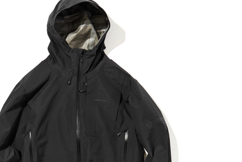 A new collaboration shell jacket from Daiwa x Gordon Miller that transcends genres.