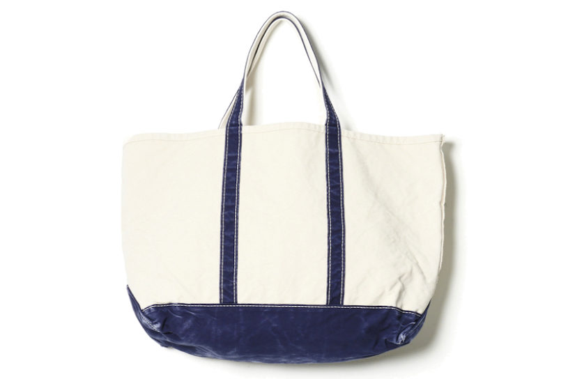 A vintage-like collaboration tote bag from L.L.Bean and Remi Relief.