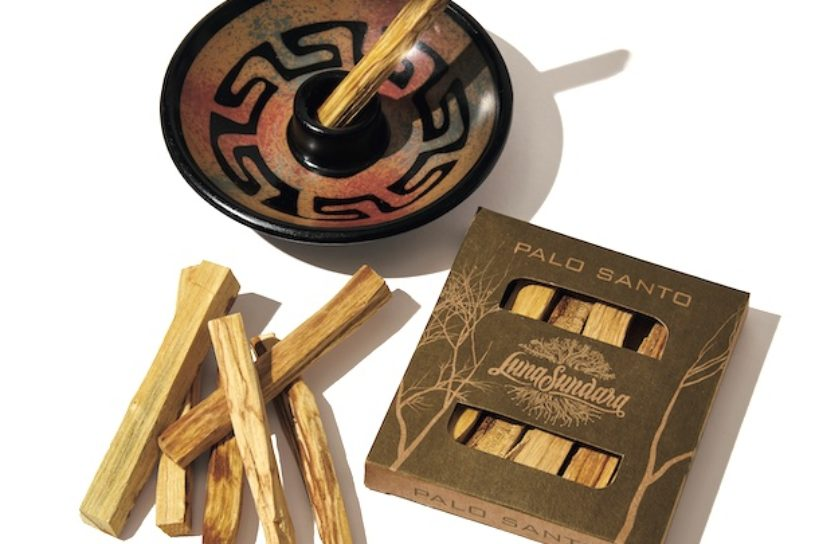 """Bring the scent of outdoors to your home! The sacred fragrant wood """"Palo Santo"""". Three brands to watch out for this summer."""